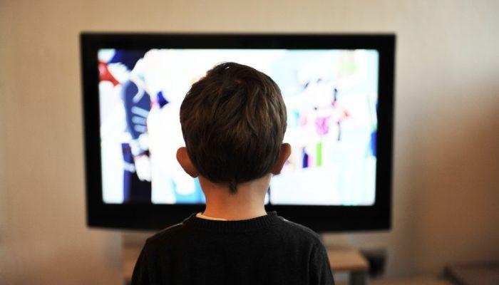 Телевизор является пятым по опасности фактором детского травматизма