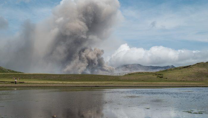В Японии проснулся действующий вулкан Асо