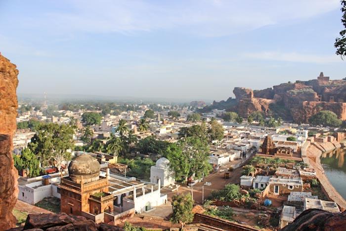 Индия: городские пейзажи города Бадами. Фото: Татьяна Виноградова/Великая Эпоха