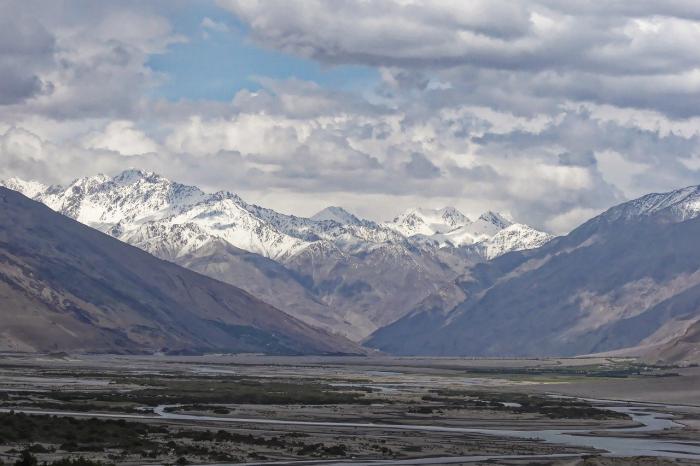 Жители Таджикистана остались без СМС