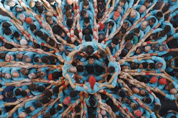 Строительство человеческой башни, Каталония, Испания. Фото: HUMANKIND Production