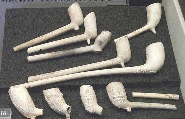 Английские археологи обнаружили фабрику курительных трубок