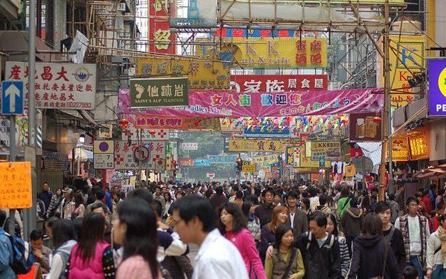 Курение может убить треть молодых китайцев