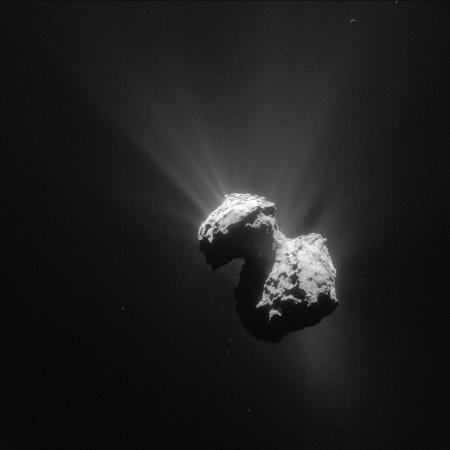 Comet_on_7_July_2015_NavCam