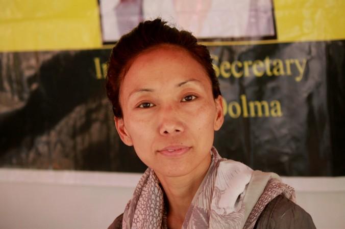 Тибетская активистка Тцеванг Долма проводит голодовку в Нью-Дели, Индия. Фото: Venus Upadhayaya