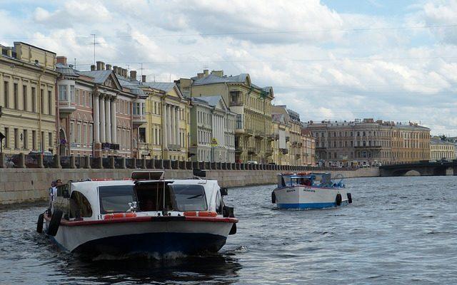 Общественный транспорт Санкт-Петербурга: от кареты до метро