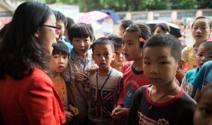 Убийство китайской учительницы отражает проблему «брошенных детей» сельских рабочих