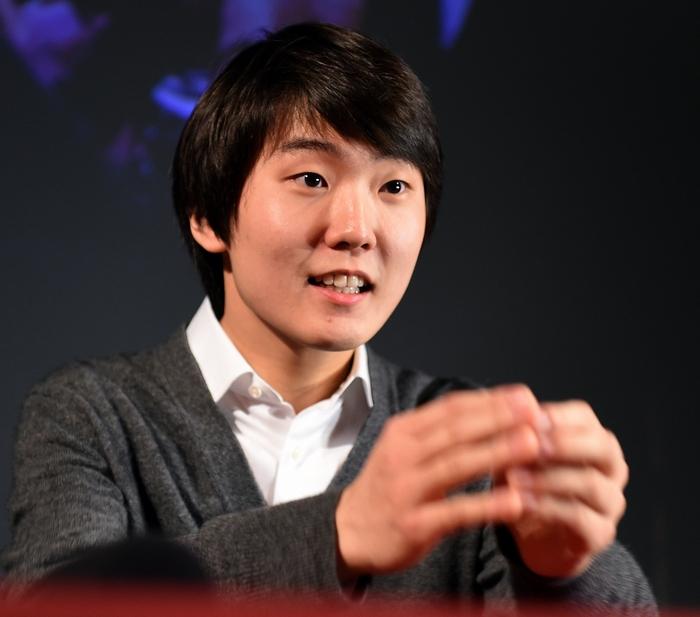 Южнокорейский пианист Сенг Чжин Чо. Фото: JANEK SKARZYNSKI/AFP/Getty Images