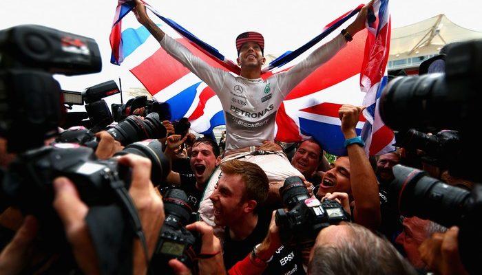 Хэмилтон стал трёхкратным чемпионом «Формулы-1»