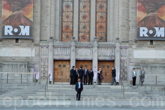 Мероприятия в рамках визита Ло Чжицзюня проходили за закрытыми дверями. Торонто, Канада. Октябрь 2015 года. Фото: The Epoch Times