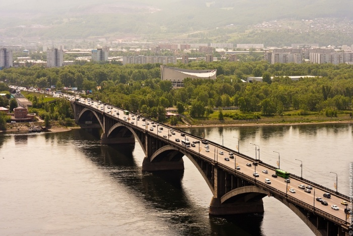 Коммунальный мост в Красноярске. Фото: feelek/ru.wikipedia.org/CC BY 3.0