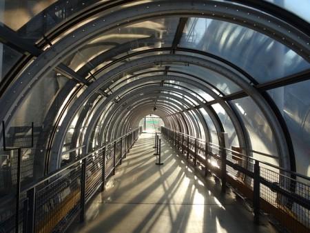 Центр Помпиду в Париже, выполненный из оргстекла. Фото: kakilambe/pixabay.com/CC0 Public Domain