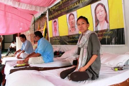 Tibetan-Hunger-Stike-New-Delhi-27-Sep-2015-Venus-Upadhayaya-580x387