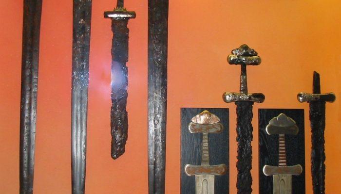 Турист из Норвегии нашёл меч викингов