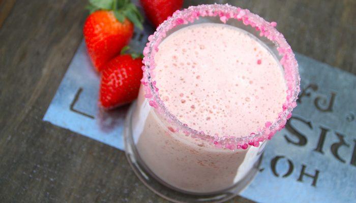 Учёные назвали молочный коктейль очень вредным напитком
