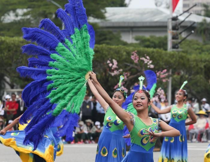 Праздничные мероприятия, посвящённые 104-й годовщине Китайской Республики. Тайбэй, Тайвань. Фото: ЦАН