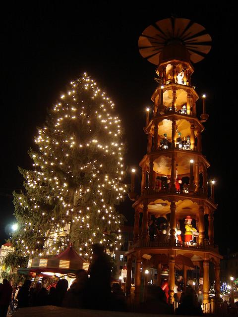 Рождественская пирамида. Фото: Francisco Rojas/flickr.com/CC BY 2.0