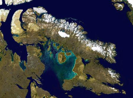 Баффинова Земля — вид из космоса. Фото: Finlay McWalter/wikipedia.org/ public domain