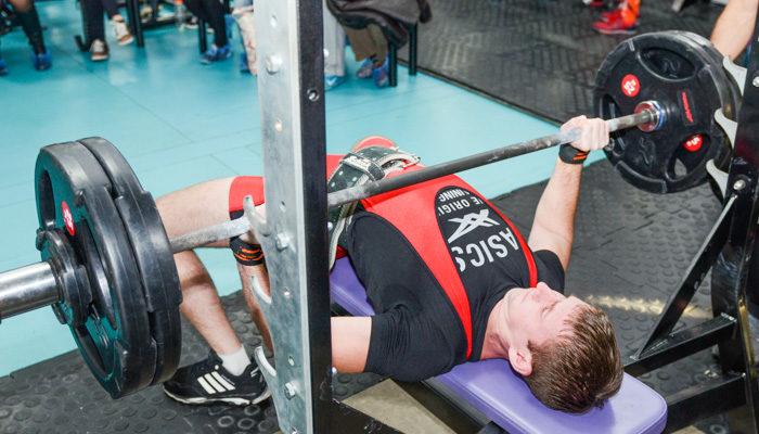 Почему базовые упражнения на голову выше изолированных
