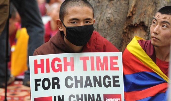 28 МАРТА: Пикет в защиту прав тибетских монахов. Москва, Пушкинская площадь