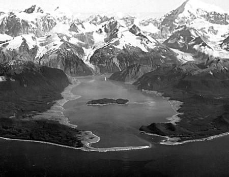 Залив Литуйя после землетрясения и цунами. Фото: Underpants~commonswiki/wikipedia.org/public domain