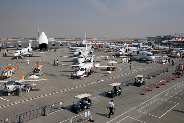 Международная аэрокосмическая выставка Dubai Airshow-2015 в Дубае (видео)