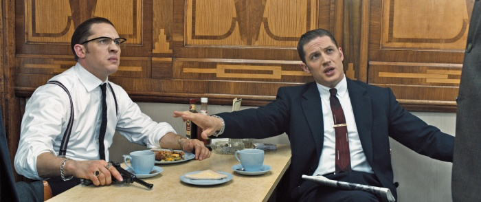 Ронни и Реджи Крэй (Том Харди) в «Легенде». Фото: Universal Pictures / Universal Studios