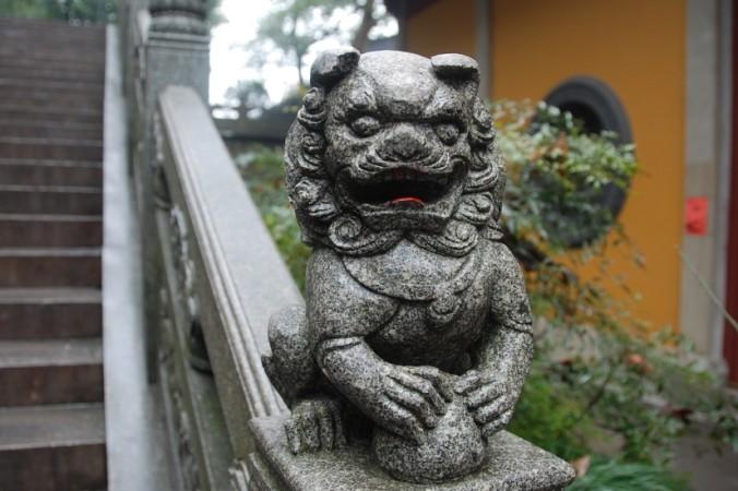 Когда родился Будда Шакьямуни, он поднял одну руку к небу, другой указал на землю и львиным рёвом произнёс: «Я ― единственный достойный на Небе и Земле». Фото: Pixabay/CC0 Public Domain