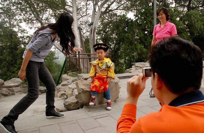 Единственных детей в семье китайцы называют «маленький император». WANG ZHAO/AFP/Getty Images