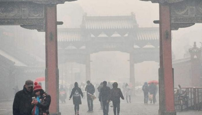 Начало отопительного сезона в Китае привело к рекордному загрязнению воздуха