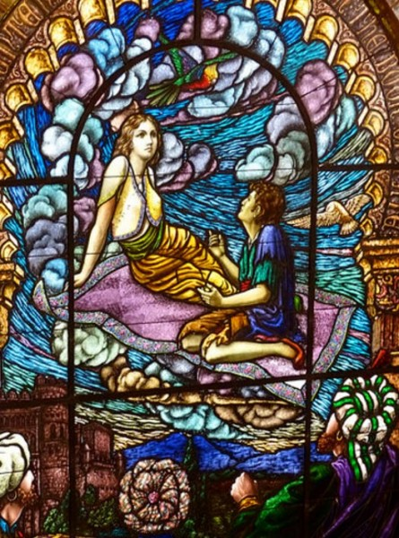 Витраж «Пилигрим любви» в Sunnyside Memorial Gardens, Лонг-Бич, Калифорния. Фото: thinduck42 / flickr)