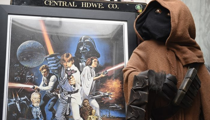 Опубликован ролик о съёмках седьмого эпизода «Звёздных войн» (видео)