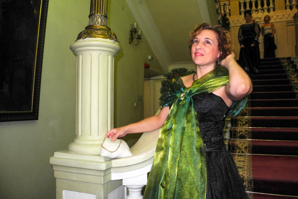 Елена – гостья Таврического бала из Симферополя. Фото: Алла Лавриненко/Великая Эпоха