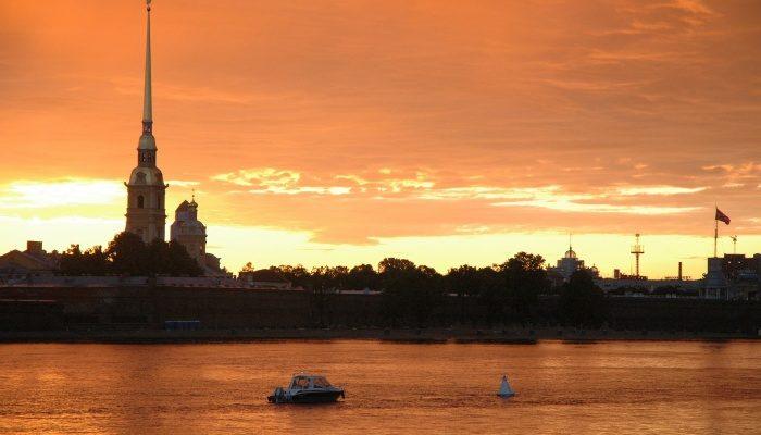 Санкт-Петербург —  загадочный, несравнимый, прекрасный…