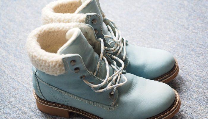 Купить женские ботинки можно прямо сейчас!