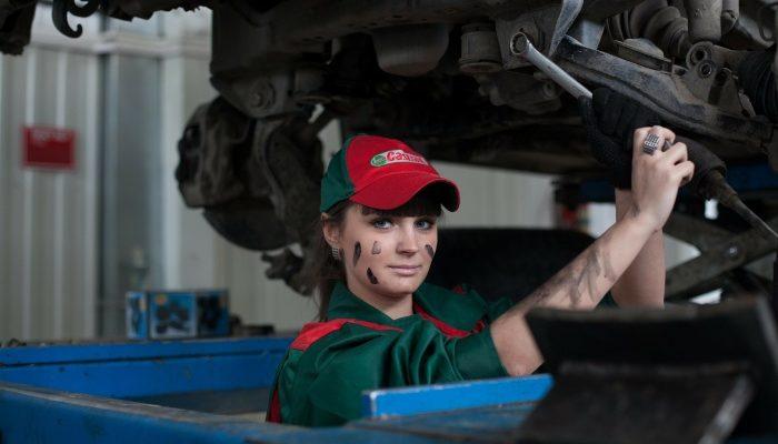 Как отремонтировать автомобиль и не стать жертвой мошенников