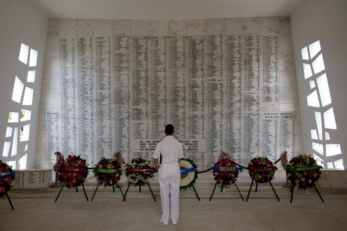 Мемориал погибшим военным. Фото: Kent Nishimura/Getty Images
