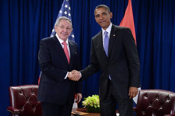 Рауль Кастро и Барак Обама. Фото: Anthony Behar-Pool/Getty Images
