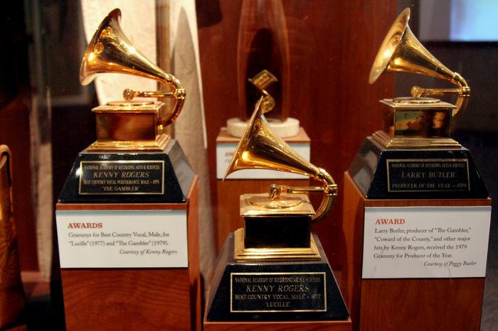 Grammy, США, Кендрик Ламар, Тейлор Свифт, Лос-Анджелес, награждение