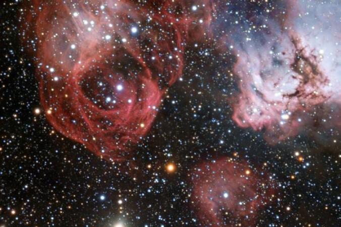Звёздные ясли в Большом Магеллановом облаке. Фото: NASA