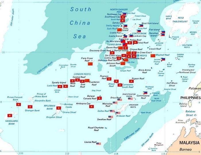 Острова Спратли с флагами оккупировавших их государств. Фото: KAVO/wikipedia.org/ public domain