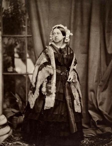 Королева Виктория. Фото: JJE Mayall, 1860 г. Public Domain