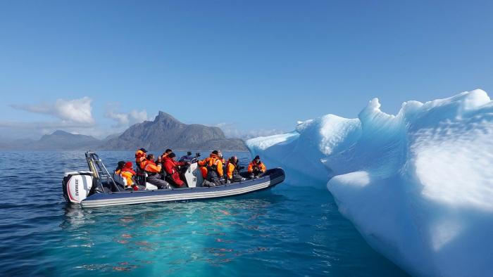 Учёные оценили таяние ледников в Гренландии