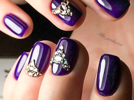 Стразы на ногтях. дизайн ногтей