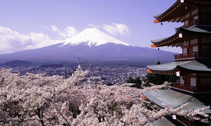 Красота природы Японии и культура привлекают множество туристов. Фото: Secret China