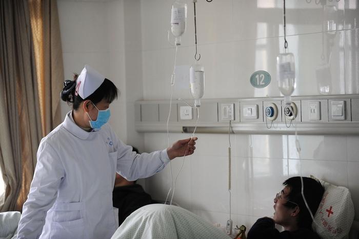 Роспотребнадзор сообщил о закрытии в РФ школ и детсадов из-за эпидемии гриппа