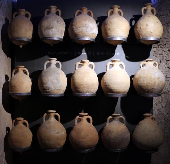 Архивное фото древнеримских амфор. Фото: Saiko/CC BY