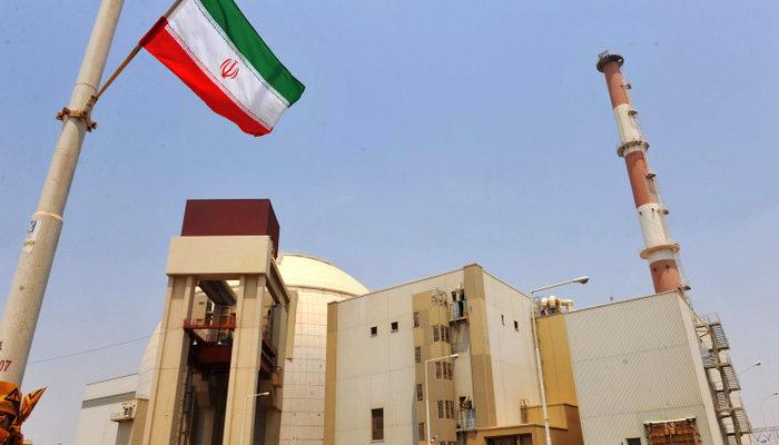Власти Ирана залили бетоном реактор в Араке