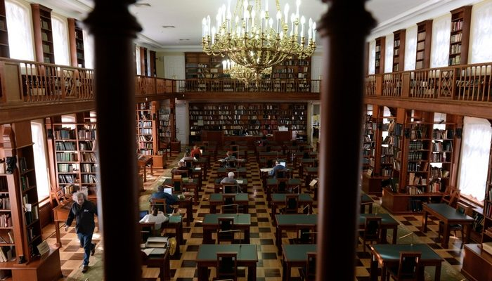 Московские библиотеки намерены избавиться от советских книг