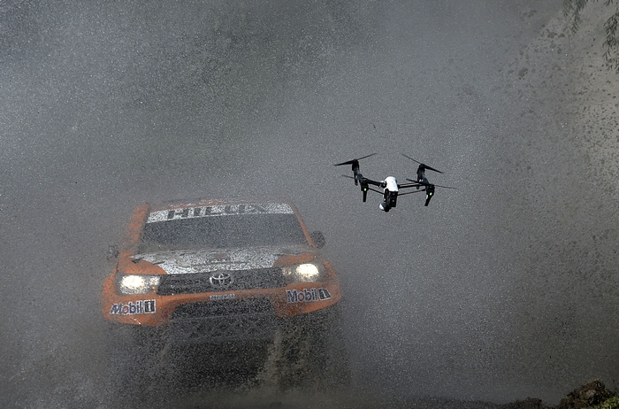 TOPSHOT - Toyota's driver Ronan Chabot of France and co-driver Gilles Pillot compete during the 11km Prologue of the 2016 Dakar Rally, in the province of Buenos Aires, on January 2, 2016. The Dakar Rally, which officially starts on January 3, will see participants race across Argentina and Bolivia in a two-week test of endurance.   AFP PHOTO / FRANCK FIFE / AFP / FRANCK FIFE        (Photo credit should read FRANCK FIFE/AFP/Getty Images)